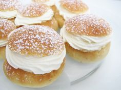 Semlor/ fastlagsbullar/hetvägg (Swedish pastries): these cardamom-scented-cream-and-almond-paste-filled-buns-of-excess are most commonly available from the official end of the Christmas season (tjugondag Knut on January and are omnipresent until Easter. Swedish Dishes, Swedish Recipes, Sweet Recipes, Swedish Chef, Just Desserts, Delicious Desserts, Dessert Recipes, Yummy Food, Easter Desserts