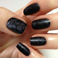 20 Majestic Black and White Nail Art DesignsLadies' nails have forever been a crucial dimension of beauty and fashion. There area unit as many ways you'll do your nails because the stars within the Majestic Black and White Nail Art Designs For Black And White Nail Designs, Black And White Nail Art, Black Nails, Matte Black, Matte Nails, Black Polish, Black Dark, Stiletto Nails, Acrylic Nails
