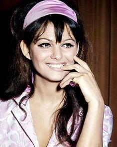 🌻💕Claudia Cardinale🍁💓🌺🌷By Tim🌸💥 Claudia Cardinale, Classic Actresses, Actors & Actresses, Sicilian Women, Non Plus Ultra, Beauty Contest, Cycle Chic, Italian Actress, Cinema