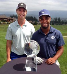 When Golden Tate and Steven Hauschka took to the TPC Snoqualmie Ridge course on Monday, the Seahawks receiver and kicker went about it the same way they approach football. Seahawks Game Day, Seattle Seahawks, Steven Hauschka, Nfl Kickers, Best Player, Football Team, Snoqualmie Ridge, Athletes, Football Equipment