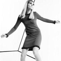 Jill Kennington photographed by Brian Duffy c. 1965.