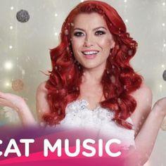 Elena - E Craciun si Ninge (Lyric Video) Dj, Lyrics, Disney Princess, Hair Styles, Youtube, Movie Posters, Life, Musik, Hair Plait Styles