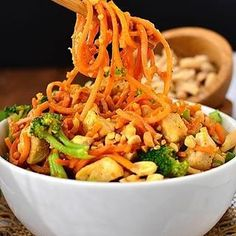 Thai Peanut Chicken and Sweet Potato Noodles are a healthy and gluten-free twist on your favorite Thai takeout order. Easy, colorful, and delicious! Hello, hello everyone – I hope you had a wonderful Thai Restaurant, Gluten Free Wraps, Thai Peanut Chicken, Cooking Recipes, Healthy Recipes, Healthy Meals, Free Recipes, Sweet Potato Noodles, Spiralizer Recipes