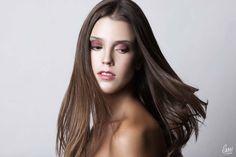 Playful makeup for brounetts! Exellent makeup from LMI students! #makeup #brunette #pink
