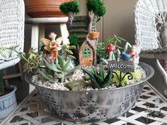 10 Fairy Gardens for Spring - Carmen Whitehead Designs Mini Fairy Garden, Fairy Garden Houses, Fairies Garden, Fairy Gardening, Hydroponic Gardening, Flower Fairies, Garden Terrarium, Succulents Garden, Garden Wagon