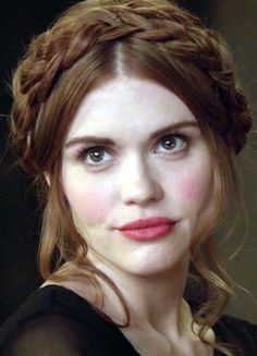 Teen Wolf - Lydia Martin braided crown hair tutorial >> https://teenwolfmtvstyle.tumblr.com/post/77205619150/lydias-3x19-hairstyle-start-with-brushed-and