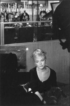Marilyn in Reno, 1961 byHenri Cartier-Bresson