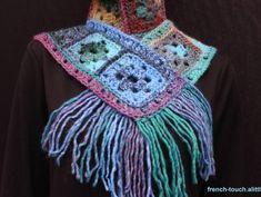 Écharpe en laine pour femme ou ado fille au crochet fait main, fil bleu vert 5010669f7ab