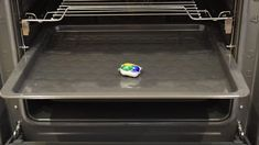 Oven Cleaning, Griddle Pan, Life Hacks, Diy, Bricolage, Grill Pan, Do It Yourself, Oven Cleaner, Homemade