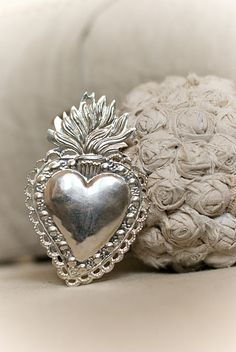 ♡ Your Heart is Mine, Valentine ♡ silver heart I Love Heart, Key To My Heart, Happy Heart, Heart Art, Heart Ring, Jesus E Maria, Spiritus, Sacred Heart, Sacred 3