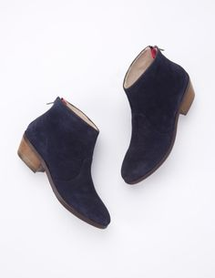 Chic Ankle Boot AZ187 Boots at Boden