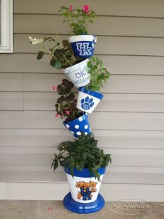 UK Wildcats | Hand Painted Clay Pot | Go Big Blue | UK Wildcats Flower Pot | Clay Flower Pot Tower| Terra Cotta || S.Selvidge...would be better with Michigan pots...GO BLUE!!!