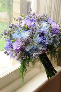 Flowers of Charlotte Loves this! Visit us at www.charlotteweddingflorist.com