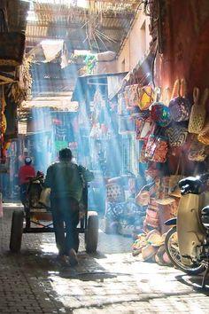 マラケシュ(Marrakech) もっと見る