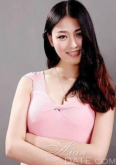 Sólo mujeres magníficas: Yunxia (Yue) de Shanghai, la dirección de la mujer mujer asiática