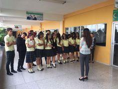Estudiantes del Instituto Cerro de Plata, durante su recorrido en Campus Tegucigalpa. #UTH #Honduras