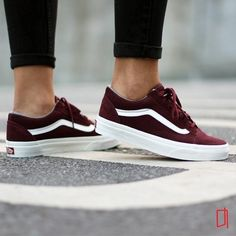 Trend Women& Shoes 2017 - Sneakers women - Vans Old S .- Tendance Chausseurs Femme 2017 – Sneakers women – Vans Old Skool Suede Trendy Women& Shoes 2017 Description Sneakers women – Vans Old Skool Suede (© - Cute Shoes, Me Too Shoes, Women's Shoes, Shoe Boots, Shoes Sneakers, Sneakers Women, Vans Shoes Women, Van Shoes, Womens Flats