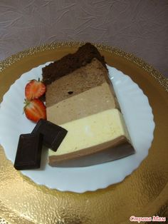 Давно хотела попробовать этот тортик, наконец-то сделала. Очень вкусный, нежный и очень шоколадный. Единственное НО!