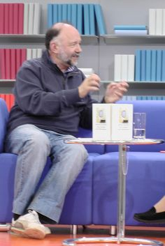 Andrej Kurkow auf dem Blauen Sofa der LBM 12 by Das blaue Sofa, via Flickr Sofa, Time Travel, Writers, Reading, Settee, Couch, Couches