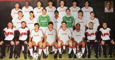Fa Cup Final, Manchester United Football, Professional Football, Old Trafford, Team Photos, Man United, Football Season, Premier League, Squad