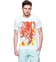 Scorpio White Graphic T-shirt Boast your zodiac sign by getting this white graphic tee and capture your Scorpion spirit in style. White T-shirt. Half sleeves. Ribbed round neck. Scorpio graphic print at front. Comfortable and trendy, this tee will combine well with a pair of blue worn-effect jeans and sneakers.http://zovi.com/mens-tees#tf=zodiac-graphic-tees:t&pos=0#