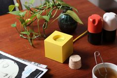 """""""Plugg"""" is a prototype DAB radio made by Skrekkøgle, investigating physical and metaphorical interaction with electronic devices Radios, Dab Radio, 3d Printed Objects, How To Make Buttons, Electronic Devices, Plugs, Concept, Creative, Product Design"""
