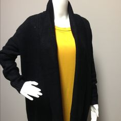 Black Cadigan Warm and comfortable cardigan. Comment size I'll make listing Sweaters Cardigans