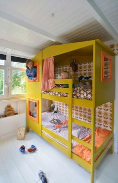 Child Equipment Flip a IKEA Bunk Mattress to a Trendy Yellow PlayHouse Mattress Baby Accessories Supply : Turn a IKEA Bunk Bed to a Stylish Yellow PlayHouse Bed. Ikea Hack Lit, Ikea Bunk Bed Hack, Ikea Bed, Ikea Hacks, Kura Hack, Ikea Loft, Mydal Ikea, Playhouse Bed, Kids Bunk Beds