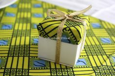 African inspired wedding gift # wedding sugar box # sugar coated almond … - Home Page African Wedding Theme, African Theme, African Wedding Dress, Ethnic Wedding, Wedding Candy Boxes, Wedding Favours, Wedding Gifts, Wedding Stationery, Party Favors