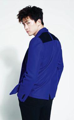 2PM Taecyeon, Lee Yeon Hee, Kim Hyo Jin and Kim Kang Woo - High Cut Magazine Vol. 113