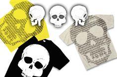 文字が集まってできたスカル、装飾なしでデザインしたドクロのみのかっこいいデザインTシャツ!
