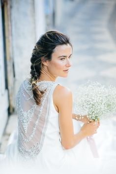 The most beautiful wedding dresses of 2016. More inspiration on our WonderWed.de/blog  Braut Backless Brautkleid Styled Shoot WonderWed