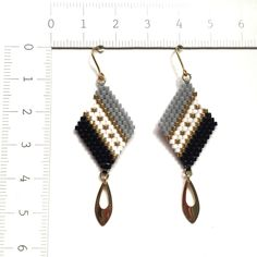 Beaded earrings 582864376748028068 - ◇beads × earrings◇(black) Source by Diy Seed Bead Earrings, Brick Stitch Earrings, Seed Bead Jewelry, Bead Jewellery, Beaded Earrings, Black Earrings, Seed Beads, Loom Bracelet Patterns, Beaded Bracelets Tutorial