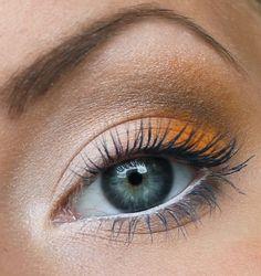 Earthy makeup