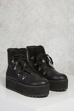 High-Top Platform Sneakers - Women's Shoes | Stilettos, Heels & Booties | Forever 21 - 1000187941 - Forever 21 EU English