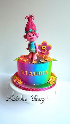 Trolls Poppy cake by Lukrowe Czary Katarzyna Osiecka