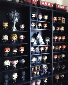 Funko POP Movies: Harry Potter Action Figure - Our World is Amazing Funko Pop Shelves, Funko Pop Display, Deco Harry Potter, Harry Potter Bedroom, Funko Pop Harry Potter, Harry Potter Pop Figures, Harry Potter Display, Hogwarts, Collection Harry Potter