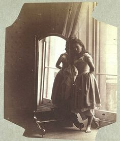 Hawarden-clementina-maude-1862-3-mirror - Clementina Maude, Viscountess Hawarden - Wikipedia, the free encyclopedia