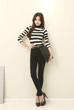 Stripe Pattern Slim Top