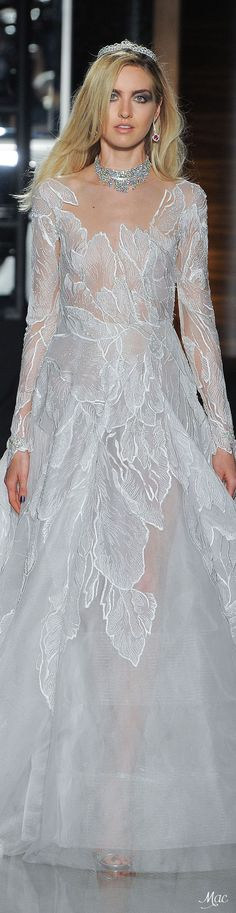 Spring 2018 Bridal Reem Acra I'm not much of a fashionista, but this is beautiful!