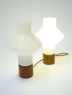 TAPIO WIRKKALA – TABLE LAMP 001 – A-STUDIO, Finland  Prototype series early 1960s. Plastic and teak. http://www.designdealers.fi