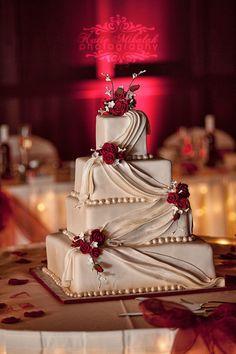 Wedding Cake - Simple and Elegant #weddingcakessimple #weddingcakessimpleelegant