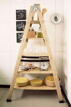 Quer uma estante  diferentona pra sua cozinha? Então clica aê e bora aprender essa fácil fácil!