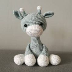 "Gratis mönster: Virka ""Iggy the Giraffe"" från TreTroll Crochet Geek, Love Crochet, Crochet Toys, Crochet Baby, Doll Patterns, Crochet Patterns, Knitting Patterns, Zipper Tutorial, Knitted Teddy Bear"