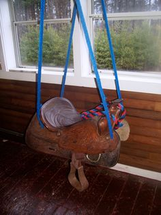 My old saddle is now a saddle swing. My old saddle is now a saddle swing. Saddle Swing, Horse Swing, Saddle Chair, Equestrian Decor, Western Decor, Outdoor Fun, Play Houses, Home Decor Accessories, Cheap Home Decor