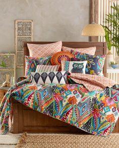 Funky Home Decor Designer Comforter Sets, King Size Bedding Sets, Bohemian Bedroom Decor, Funky Home Decor, Quilt Bedding, Luxurious Bedrooms, New Room, Home Bedroom, Bed Spreads