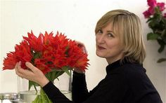 """""""Jane Packer, who has died 2011 aged 52, brought a new flair and invention to floristry."""""""