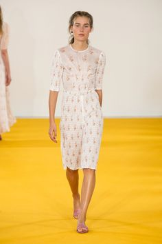 Emilia Wickstead's Girl Is Refreshingly Retro Emilia Wickstead Spring 2017