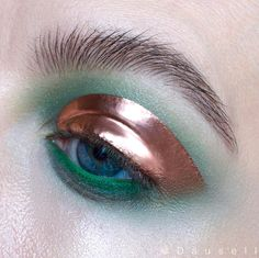 """6,259 Likes, 69 Comments - Marie Dausell (@dausell) on Instagram: """"Product list: • @maccosmetics pigment in 'Copper' mixed with Clear lip glass and eye pencil in…"""""""