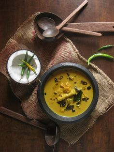 Prawns and Drumstick Curry World Recipes, Top Recipes, Fish Recipes, Seafood Recipes, Indian Food Recipes, Curry Recipes, Vegetarian Recipes, Cooking Recipes, Fish Dishes